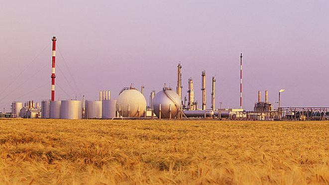 负油价之后,天然气也快了? 多家银行提前设防