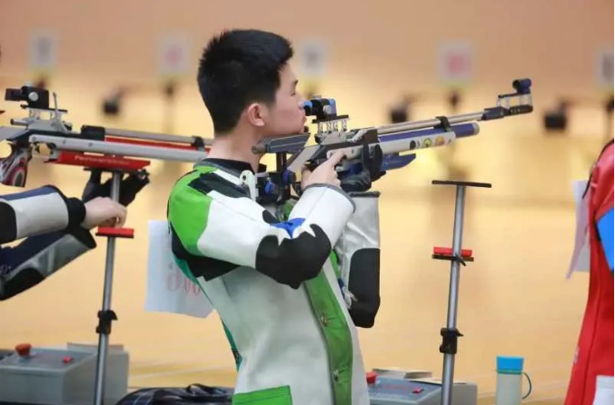射出一片新天地 深圳市体工大队射击教练刘庆甫
