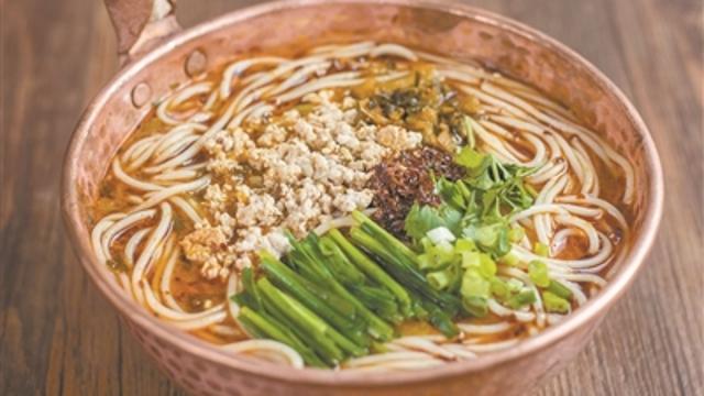 冬日寻味:酥肉小锅米线
