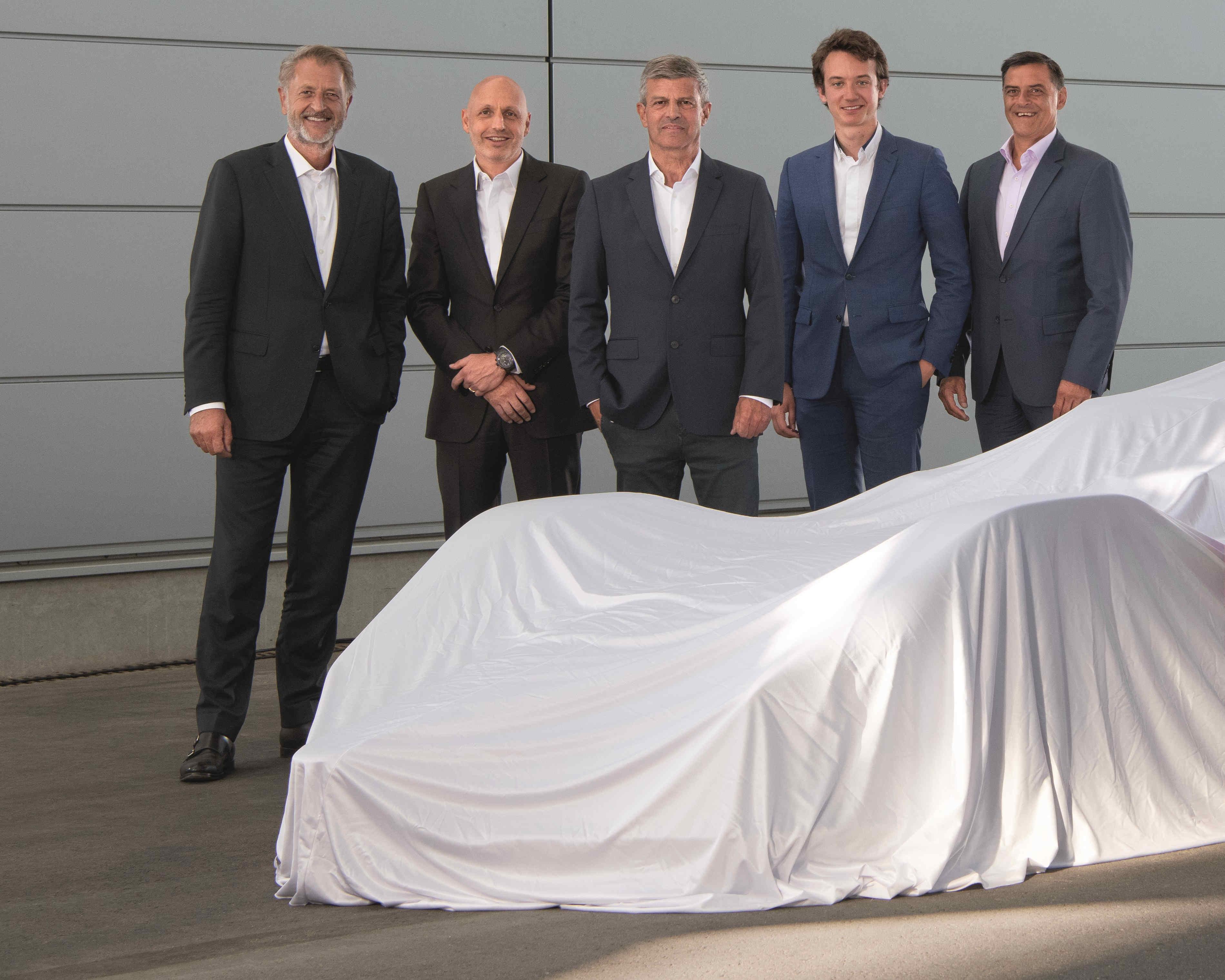 泰格豪雅正式成保时捷电动方程式车队冠名及合