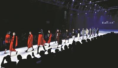 虎门服装谋改变:打造世界级时尚产业集群