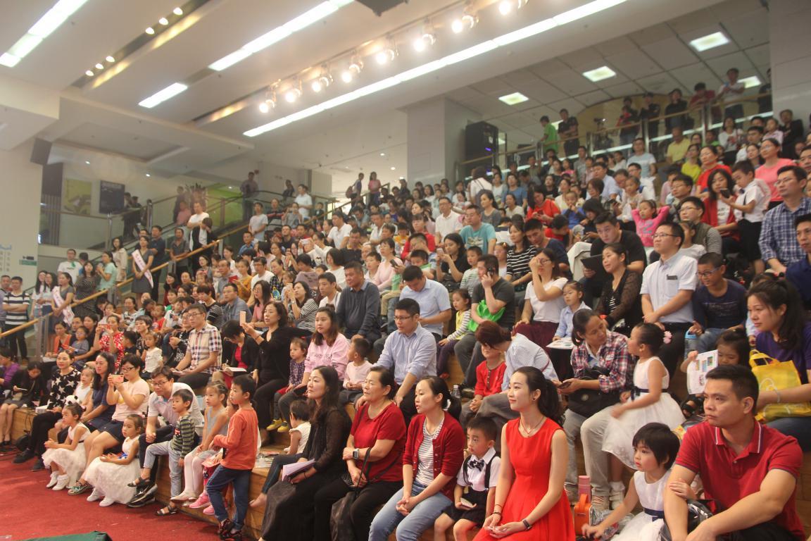 深圳市第三幼儿园举行家园共育家长辩论会