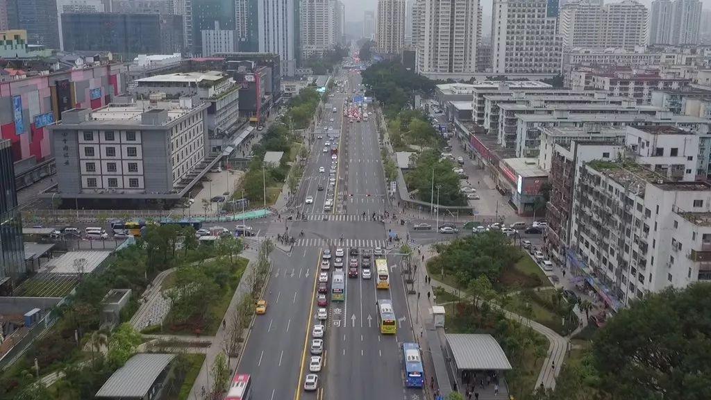 全市第二條自動化潮汐車道啟用!看看在哪裏?