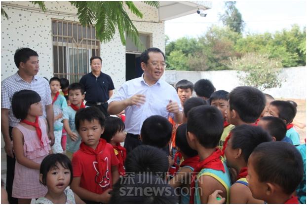 陈镇松:扎根陆丰七年 深圳的扶贫队长改变了两座村庄的命运