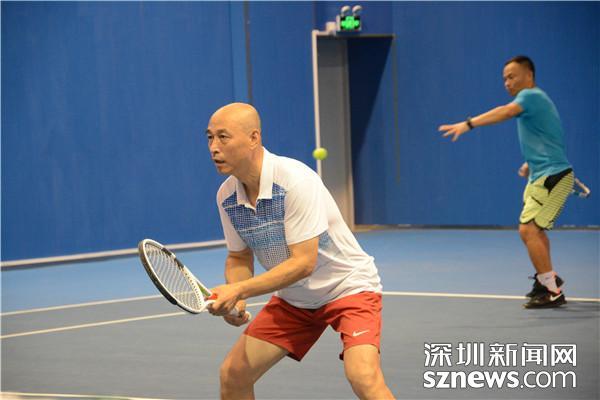 网球爱好者的体育盛会 第十一届清华EMBA网球团体赛精彩不断