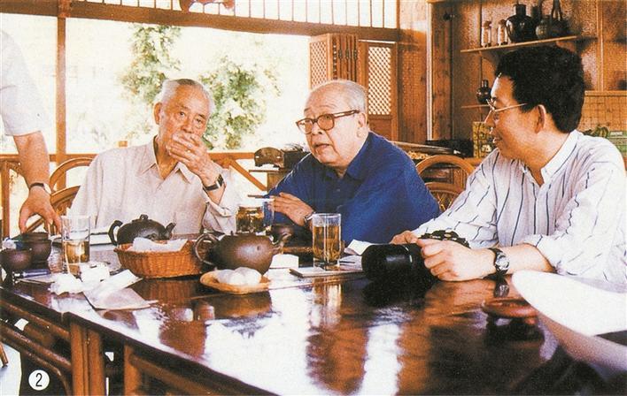 赚钱买家具小游戏:董小明:向世界传播中国水墨艺术