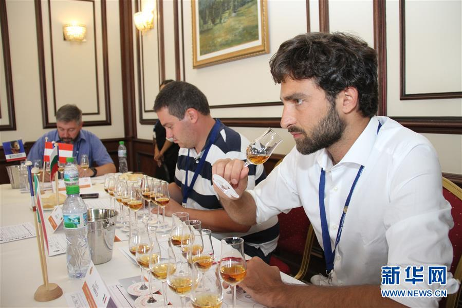 (XHDW)(1)中国白酒飘香第19届布鲁塞尔国际烈酒大赛