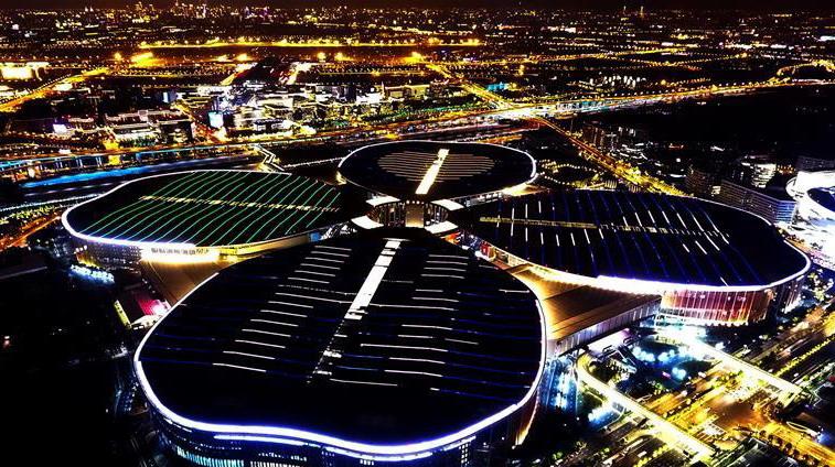 """空中俯瞰""""四叶草""""首届无需申请自动送彩金58国际进口博览会将在上海举行"""