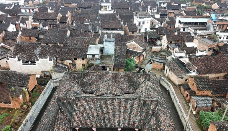 潇贺古道旁的村落 保留大量明清建筑