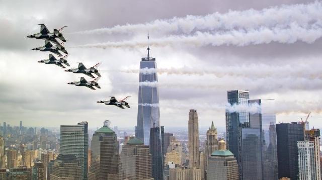 """美国空军杂志评出年度最佳照片 张张都是""""特效""""大片"""