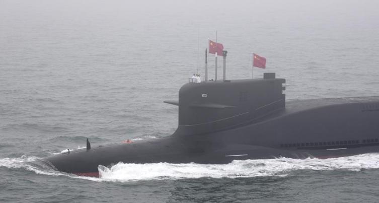 庆祝人民海军成立70周年海上阅兵活动举行