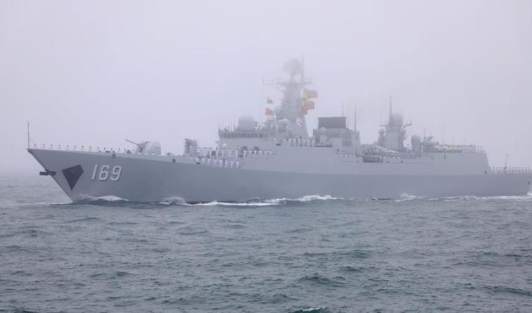 人民海军成立70周年海上阅兵活动纪实