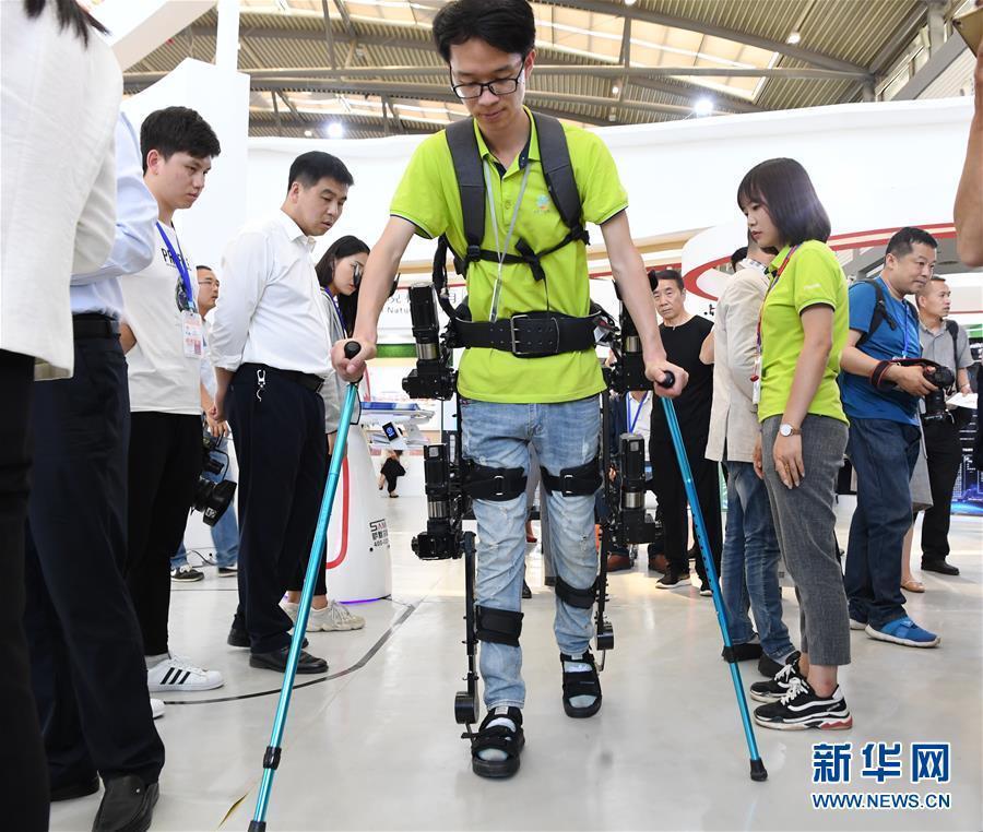 """(科技)(6)科技成果""""闪亮""""丝博会"""