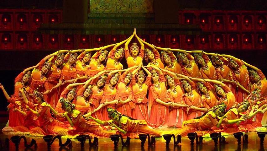 青海民族舞剧《唐卡》在沪上演