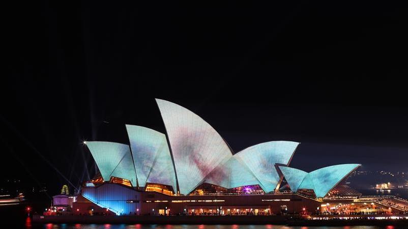 世界上规模最大的灯光节日之一——缤纷悉尼灯光音乐节开幕