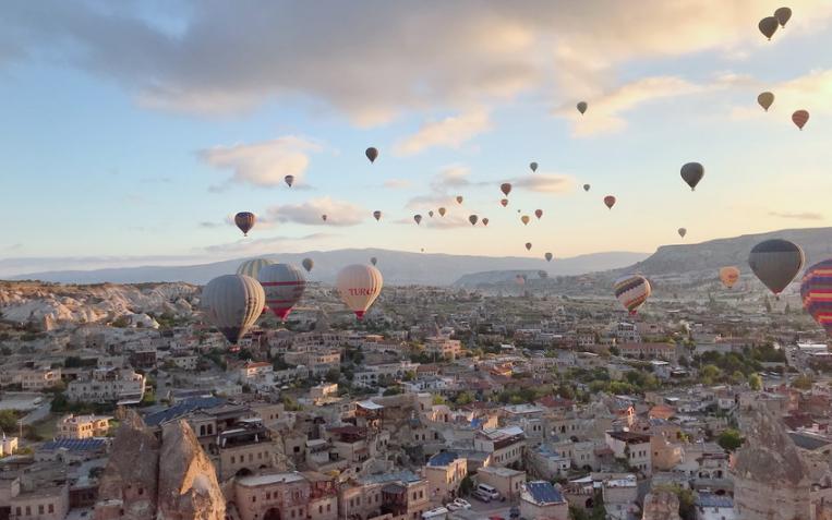 浪漫的土耳其热气球 :为你上九天揽月!