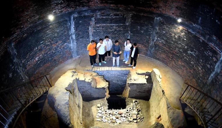 千年窑火生生不息  磁州窑盐72道工序完整保存