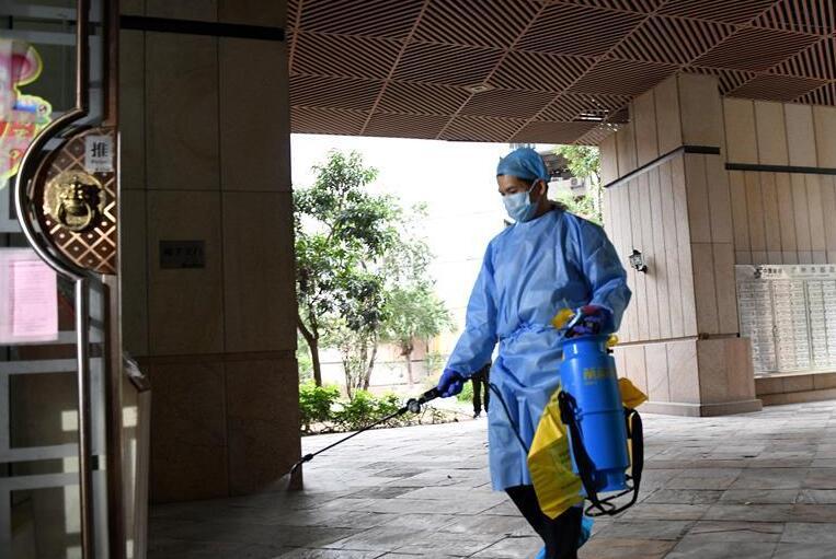 廣州(zhou)︰多(duo)措並舉織牢社區防疫安全網