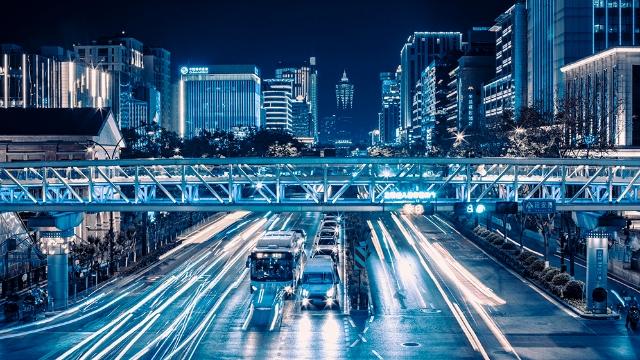 杭州:延安路天桥夜景迷人眼