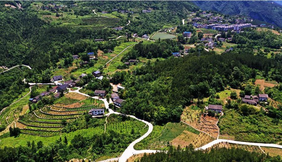 矿区变景区——一个三峡库区村庄的华丽蝶变