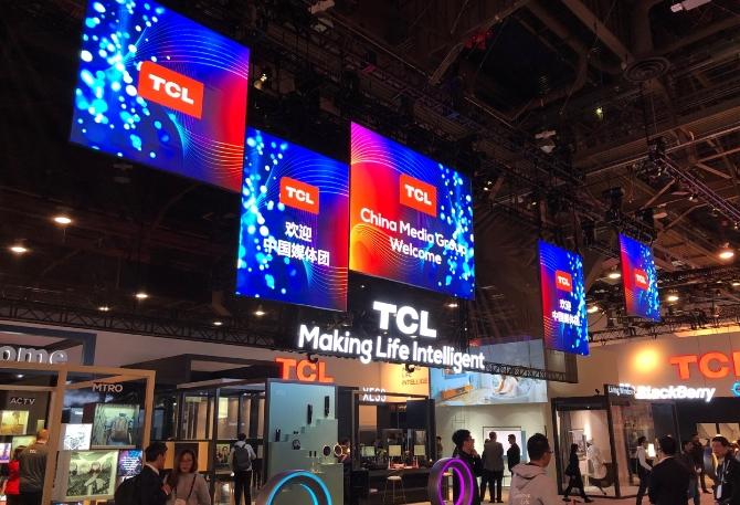 4K再乘以4倍,TCL新品 X10 QLED8K TV表态CES展
