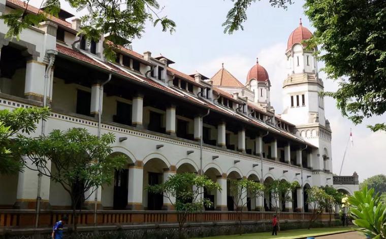 印尼第四大城市的名称来源于明朝太监郑和