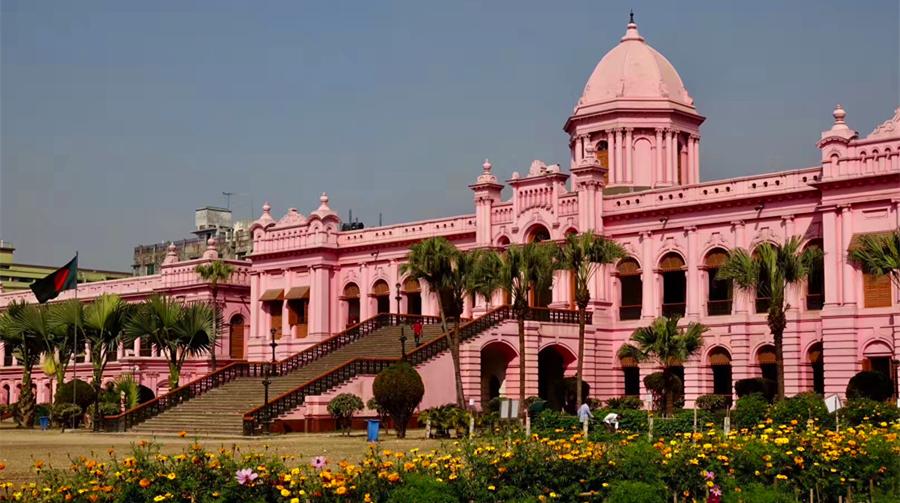 奇观天下|满满少女心!这座粉红宫殿揭开了孟加拉富豪的奢华生活