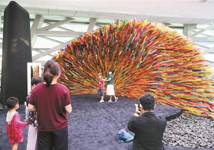 当代艺术与城市规划馆首开夜间展览
