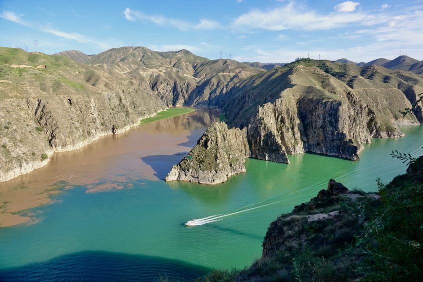 我国第一座百万千瓦级水电站已成为景观独特的旅游胜地