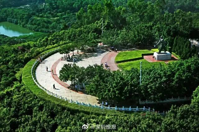莲花山公园邓小平铜像广场(莲花街道)
