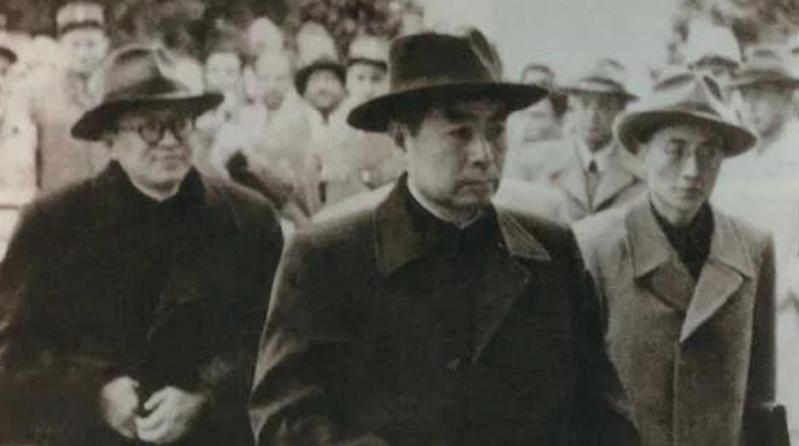 【党史百年·天天读】4月26日