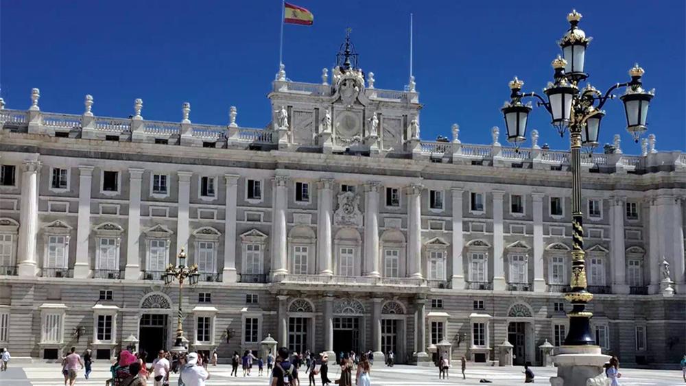 奇观天下|走进世界上保存最完整的宫殿 探秘奢华王室生活!